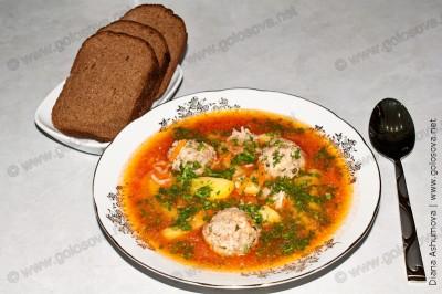суп с фрикадельками с фаршем