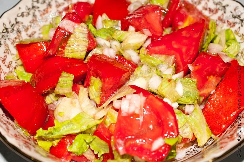 фото салата с помидорами