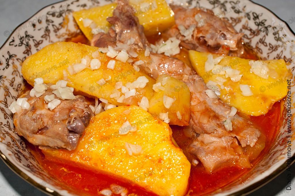 Рецепт тушёной картошки с курицей в кастрюле