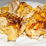 Жареная картошка с яйцами. Жареный картофель с яйцами