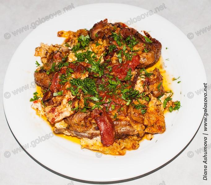 чихиртма из курицы по азербайджански на тарелке
