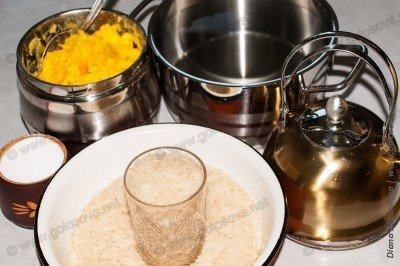 рис басмати, топленое масло, соль и кипяток