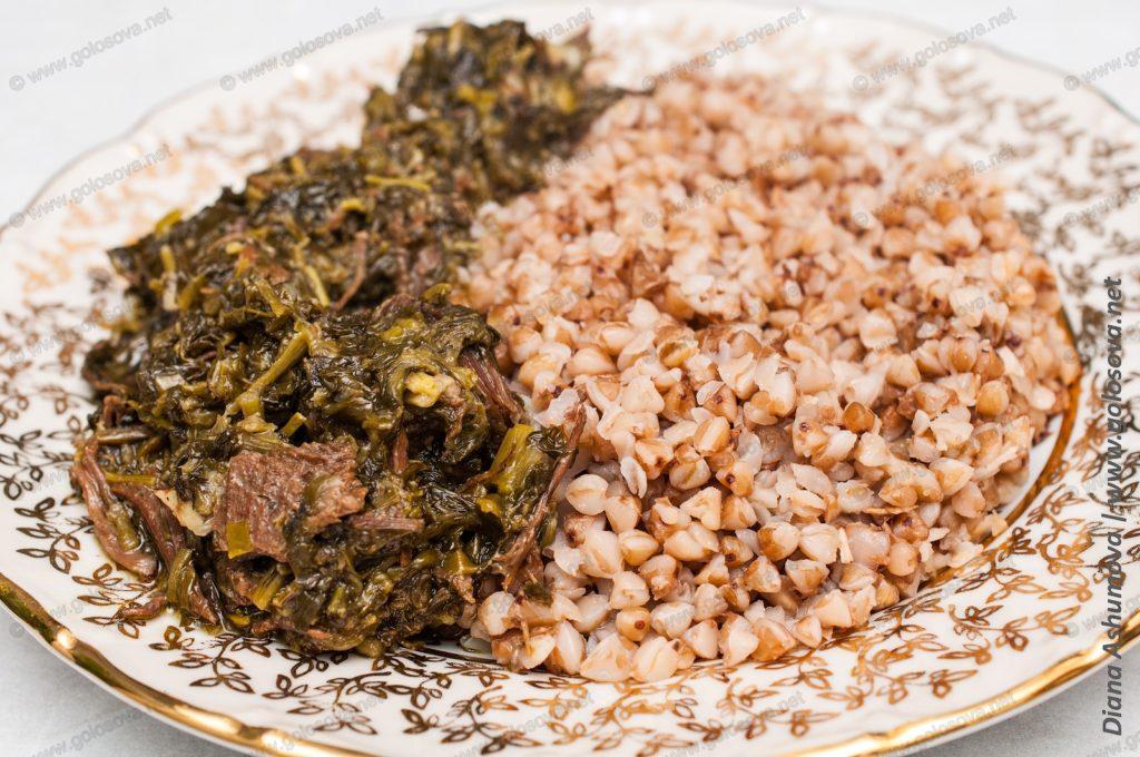 гречка с мясом и зеленью
