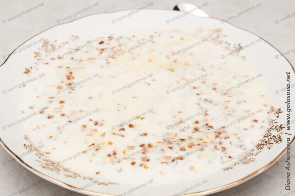 гречка с молоком и сливочным маслом