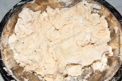 тесто несладкое дрожжевое на воде для пирогов