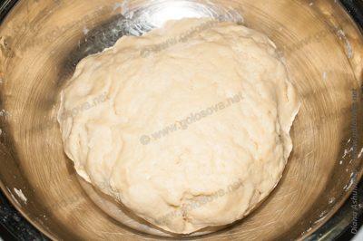 быстрое дрожжевое тесто для пирога