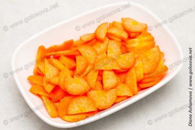 нарезанная морковь на суп