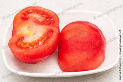 очищенный помидор