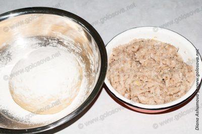 пельменное тесто и индюшачий фарш