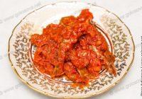 потушить рыбу с морковью и луком