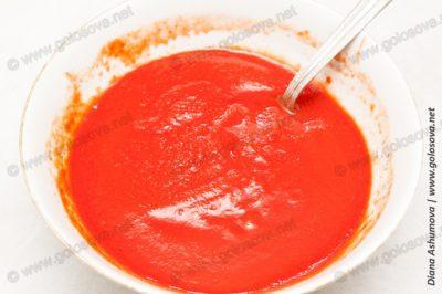 томатная паста с водой