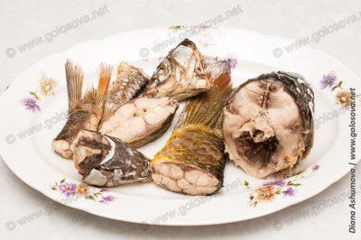 вареная рыба для ухи