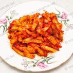 Жареная картошка с томатной пастой. Рецепт с фото.
