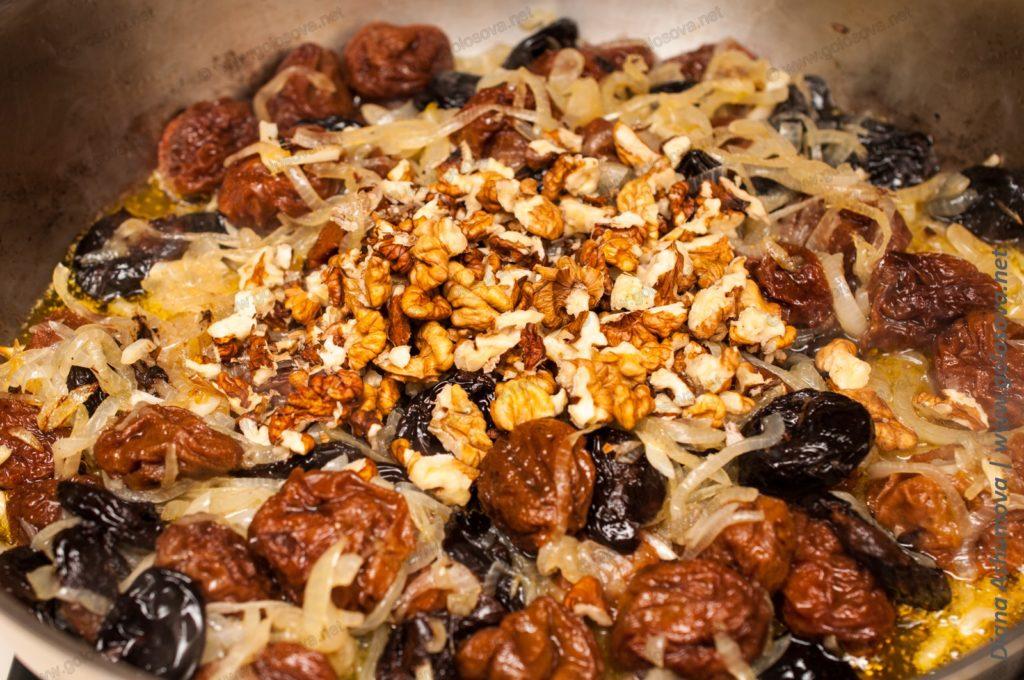 тушеная говядина с грецкими орехами