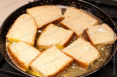 как сделать гренки на сковороде