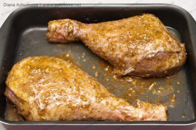 голени индейки в медово-горчичном соусе