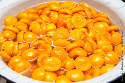 сварить абрикосовое варенье