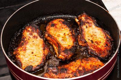 как пожарить стейк из свинины в духовке