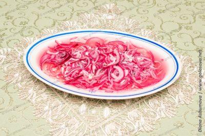 селедка с маслом и уксусом под луковой шубой