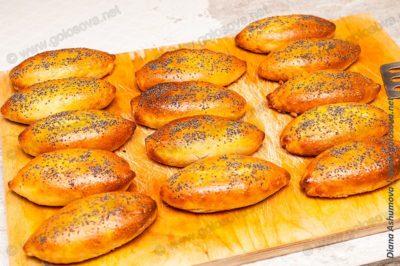пирожки печеные с грибами