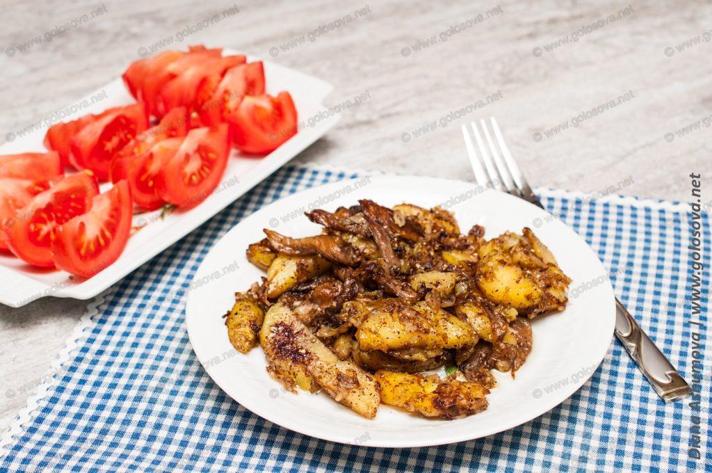 капуста жареная с грибами и картошкой