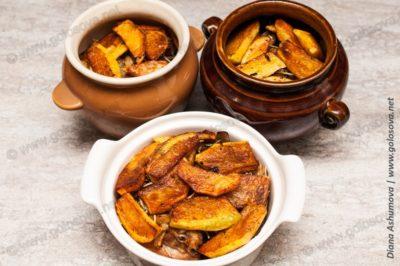 жаркое в горшочках с грибами и картошкой