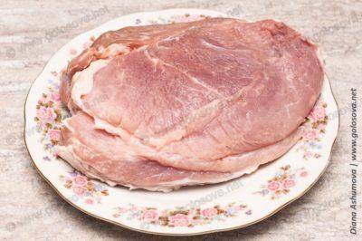 кусок свинины без костей