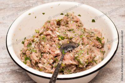 свиной фарш с зеленью и рисом