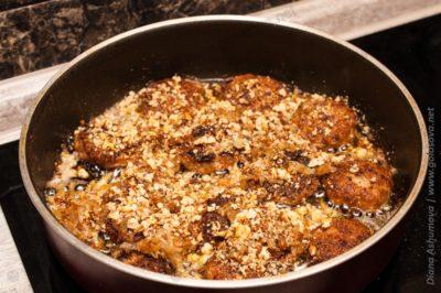 мясо в соусе наршараб на сковороде