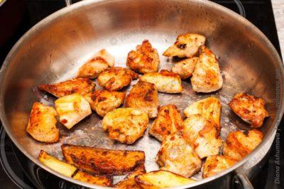 жареная курица на жаркое