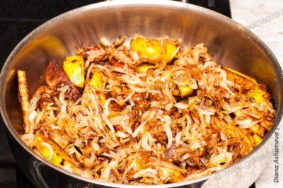 готовим жаркое из курицы с картошкой