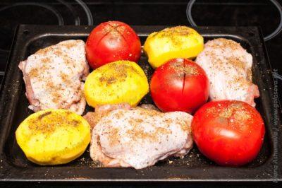 куриные бедра с картофелем в духовке