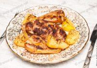 куриные грудки с грушей в духовке