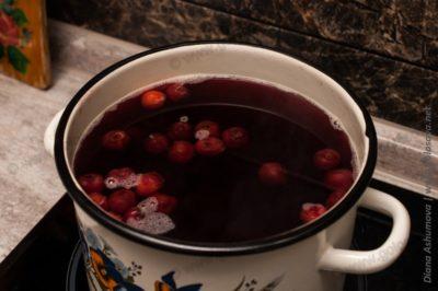 как сварить вишневый компот в кастрюле