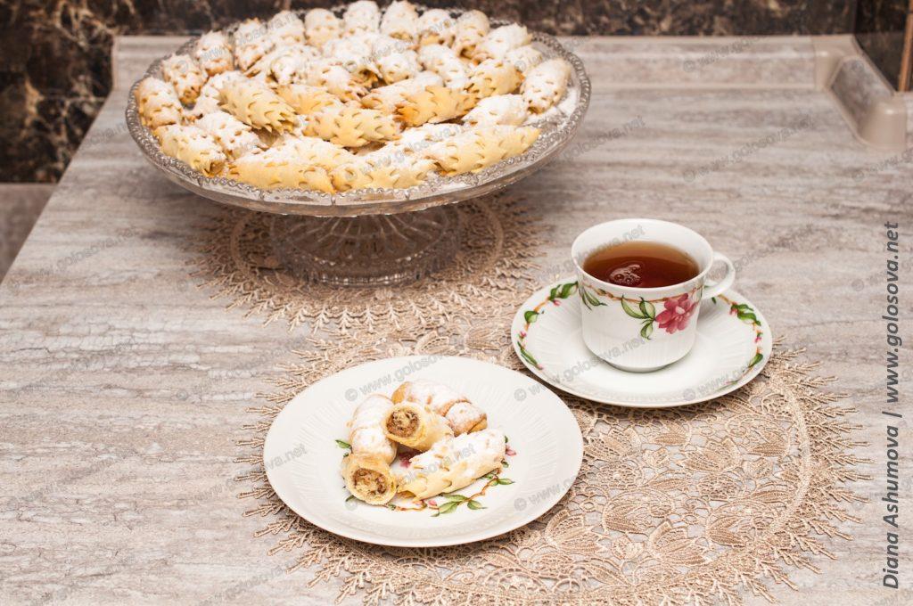 бакинские мутаки с чаем