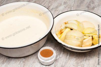 тесто, яблок и корица