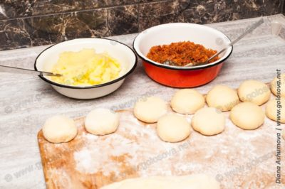 пирожки с капустой и картошкой жареные на воде