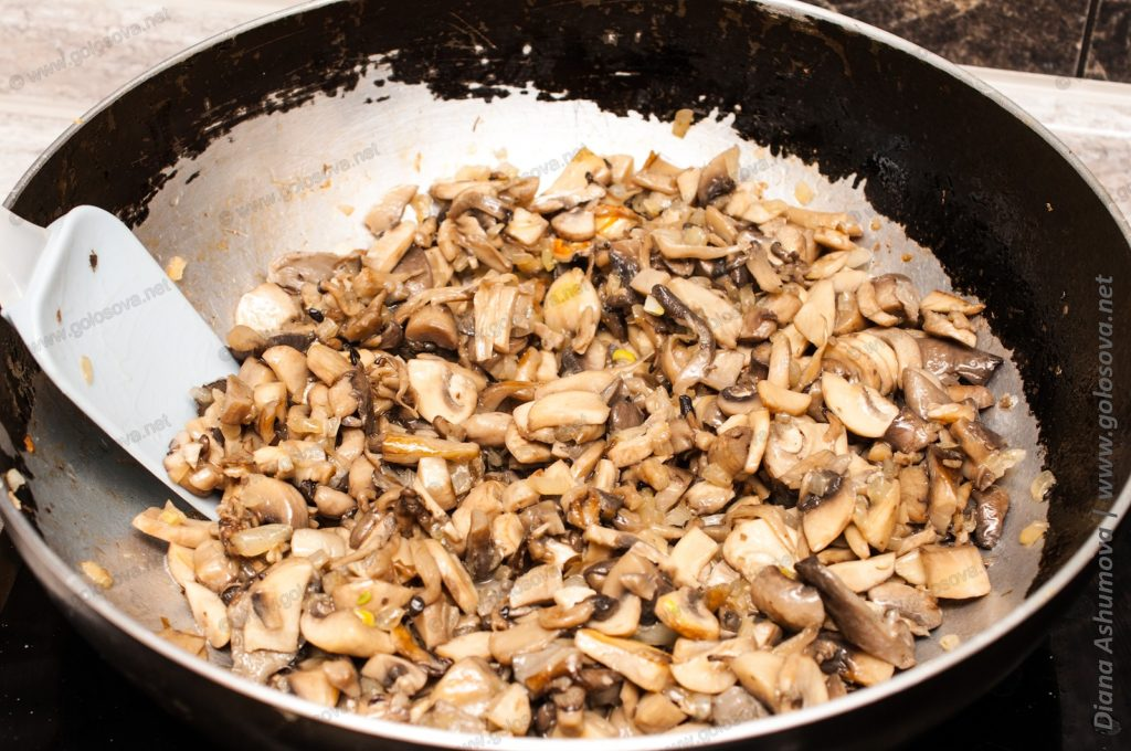 жареные грибы на сливочном масле